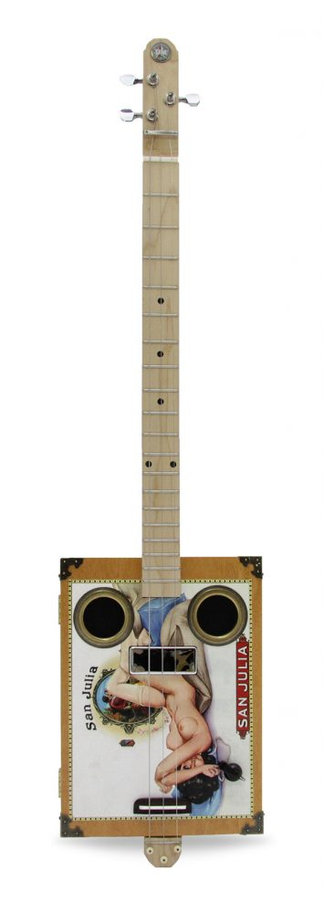 daddymojo_classic_sanjuliapinup_4string_front_white